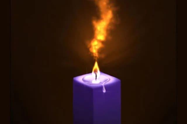 Фиолетовая свеча Этот выбор значит, что в ближайшее время вам удастся привлечь удачу и изобилие. Наконец в вашей жизни будут появляться хорошие люди, открывающие новые возможности. Прислушивайтесь к их словам, действуйте под их руководством. Изучая окружающий мир, вы начнете замечать в нем несправедливость, и это может вызвать в вас гнев. Для вас же лучше постараться справиться с этой эмоцией. Поступайте так, как должны: великодушно и духовно, для вас это сейчас очень важно. На данный момент вы можете быть не уверены в себе, из-за чего будете тратить много времени на принятие решений или менять мнение в последний момент. Но все это очень скоро окупится!