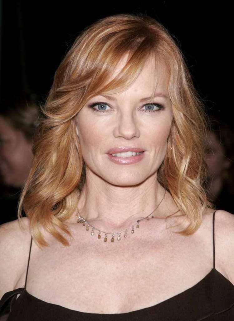 5 оттенков волос, которые идеально подходят женщинам старше 45 лет: примеры на знаменитостях