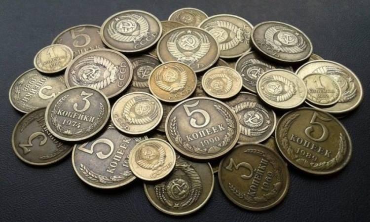 ТОП-10 советских вещей, которые можно дорого продать