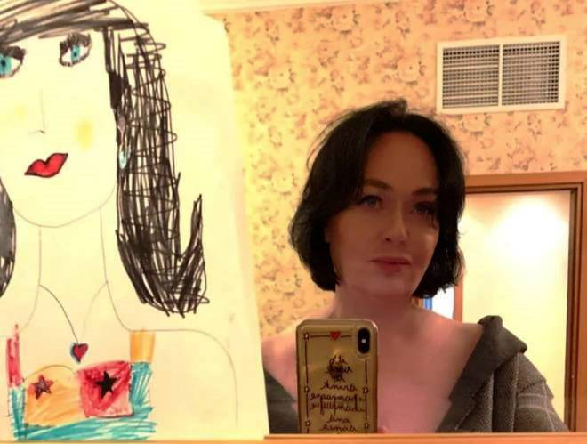 Лариса Гузеева со стрижкой каре выглядит моложе своих лет