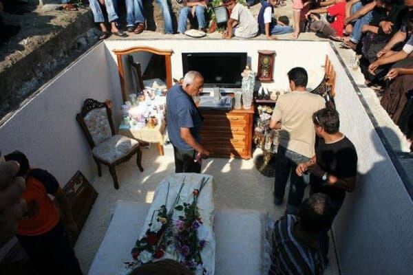 Цыганские похороны барона: такое вы врядли видели