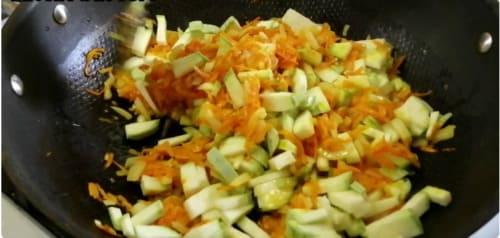 Что я добавляю в тушёную капусту, чтобы она получилась бесподобно вкусной