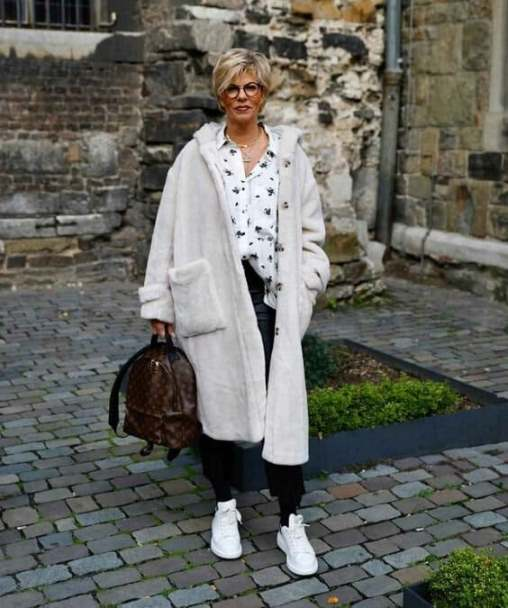 Как одеться в 2021, если вы старше 60