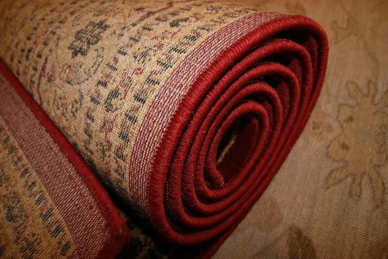 Как использовать старые ковры, которым уже не место дома? Рассказываю, что сделала я
