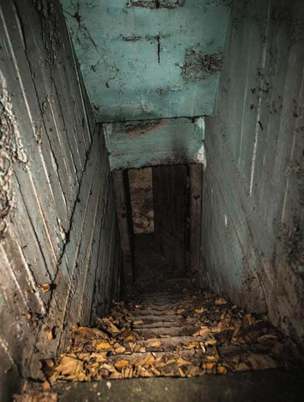 №7 - Заброшенная лестница