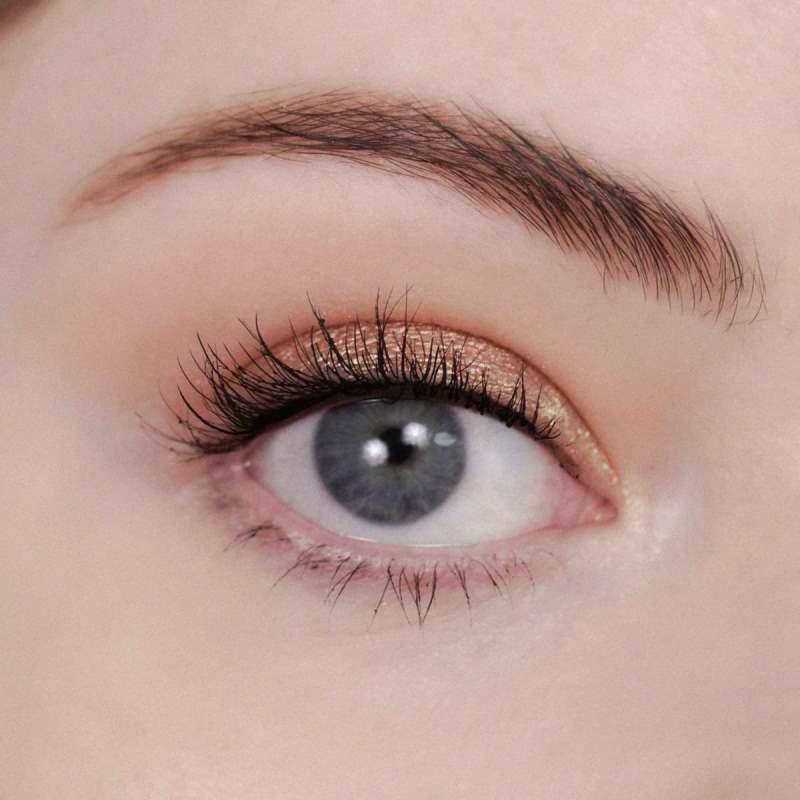 Макияж глаз ухоженной женщины. Выглядит дорого даже днем, а делается очень быстро. Пошаговый подробный урок